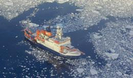 RV Polarstern: ready to fertilize the ocean. ALFRED WEGENER INSTITUTE