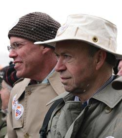 McKibben and Hansen on a 350.org demonstration against coal.
