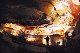 The 18,000-year-old paintings in Lascaux cave are under threat from a damaging black fungus.