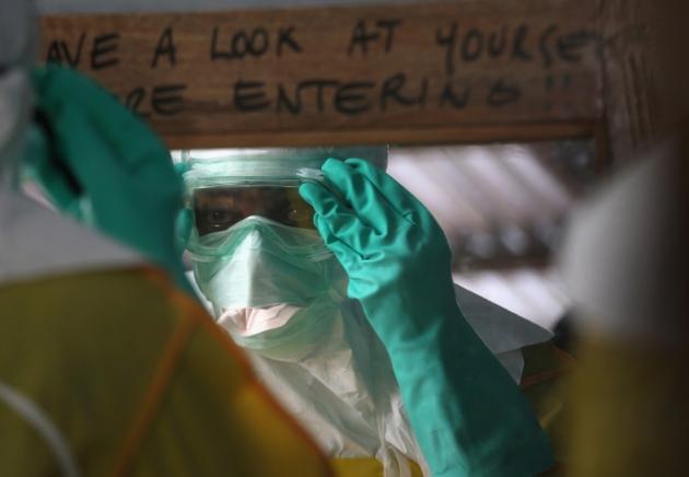 World struggles to stop Ebola