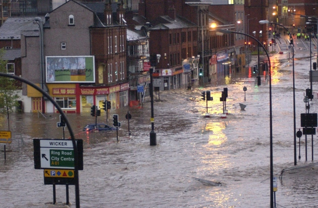 Flooding is the United Kingdom's biggest climate threat : Nature ...