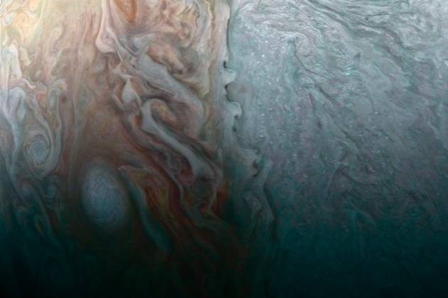 Giant Planet May Have Huge, 'Fuzzy' Core — More Jupiter Weirdness